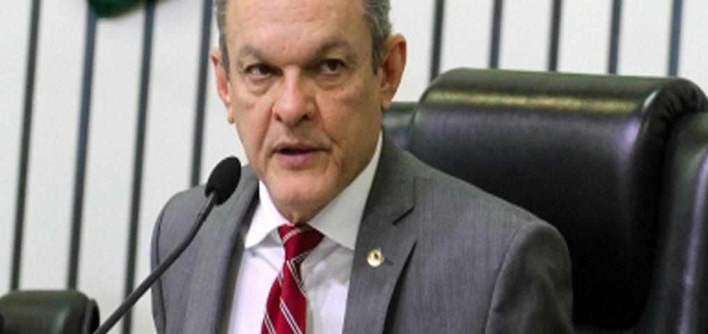 Presidente José Sarto anuncia debate sobre cortes na educação ...